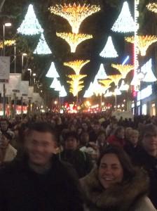 1)人でいっぱい、笑顔もいっぱいのランブラ通り